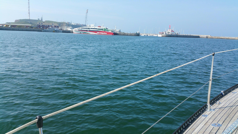 Alt img Diverse Passagierfähren hatten ebenfalls im Südhafen festgemacht
