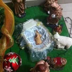 Le petit Jésus est un petit éléphant. Santa Cruz de la Sierra (Bolivie)