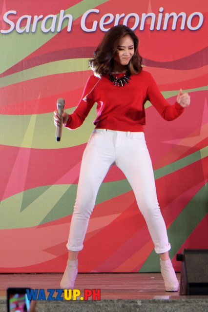 JollyJollyJoyJoy Christmas Special with Sarah Geronimo at Trinoma-1190