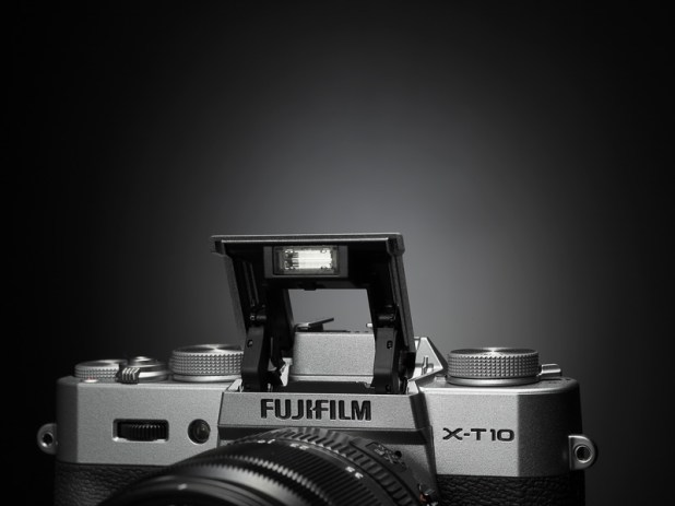 fujifilm X-T10 with Super Intelligent Flash