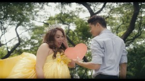 Kristoff played by John Lapus falls in love with Alex Medina's character Carlo