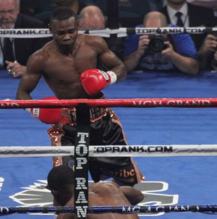 Rigondeaux retains WBA Super Bantam belt