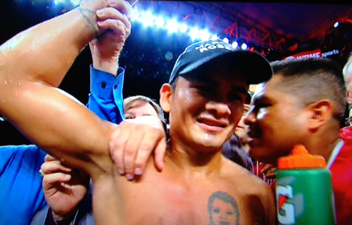 Maidana wins firefight with Lopez by sixth round TKO; Lara survives two knockdowns to stop Angulo
