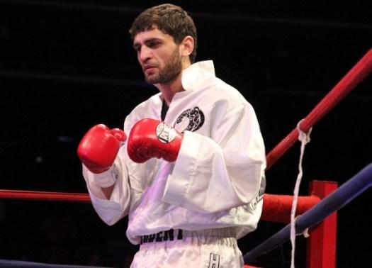 Blog: A man called Khabib Allakhverdiev and the return of Bryan Vásquez