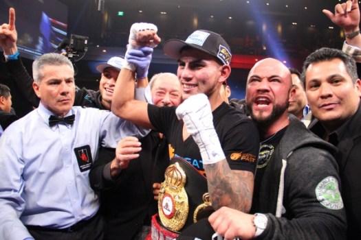 Photos: Benavidez dethroned Herrera in Las Vegas