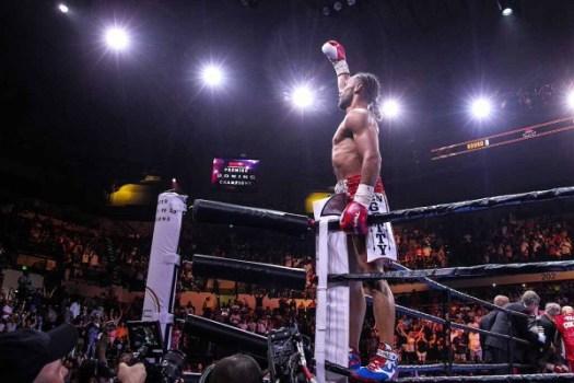 Thurman TKO's Collazo, Retains Title