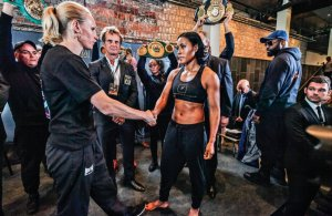 Cecilia Braekhus 146,8 lbs. - Anne Sophie Mathis 146.1 . Photo VG