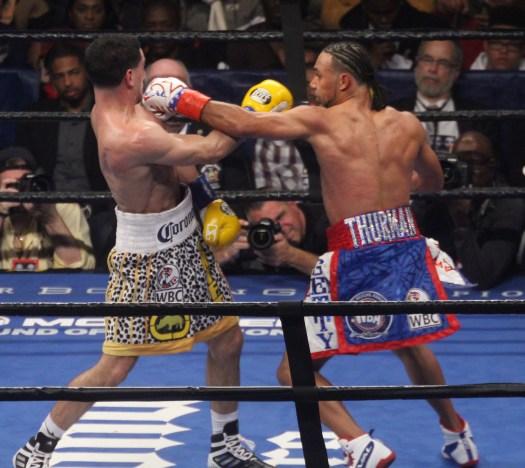 Thurman venció a García por decisión dividida