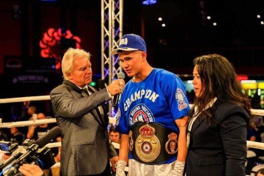 """President"" Reagan WBA Regional Champion at 21 Years Old"