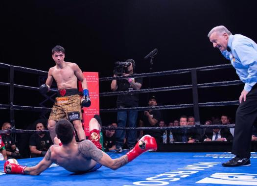 Figueroa knocks out Flores in Los Angeles