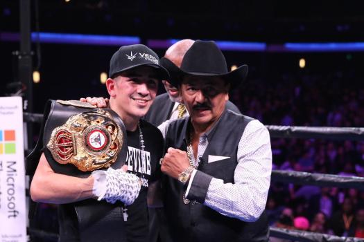 Santa Cruz outworks a game Rivera to retain his WBA title