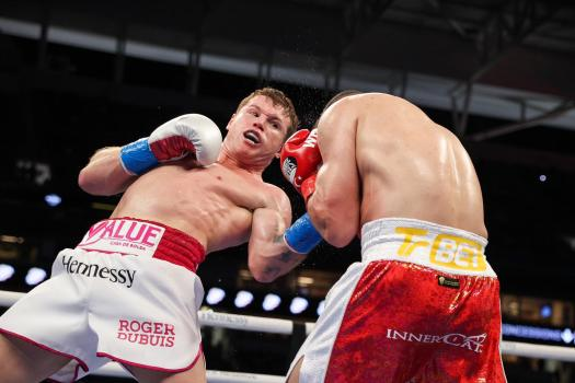 Canelo finished Yildirim in three rounds in Miami