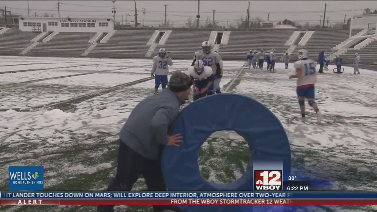FSHS Polar Bears prep for Bluefield in the snow