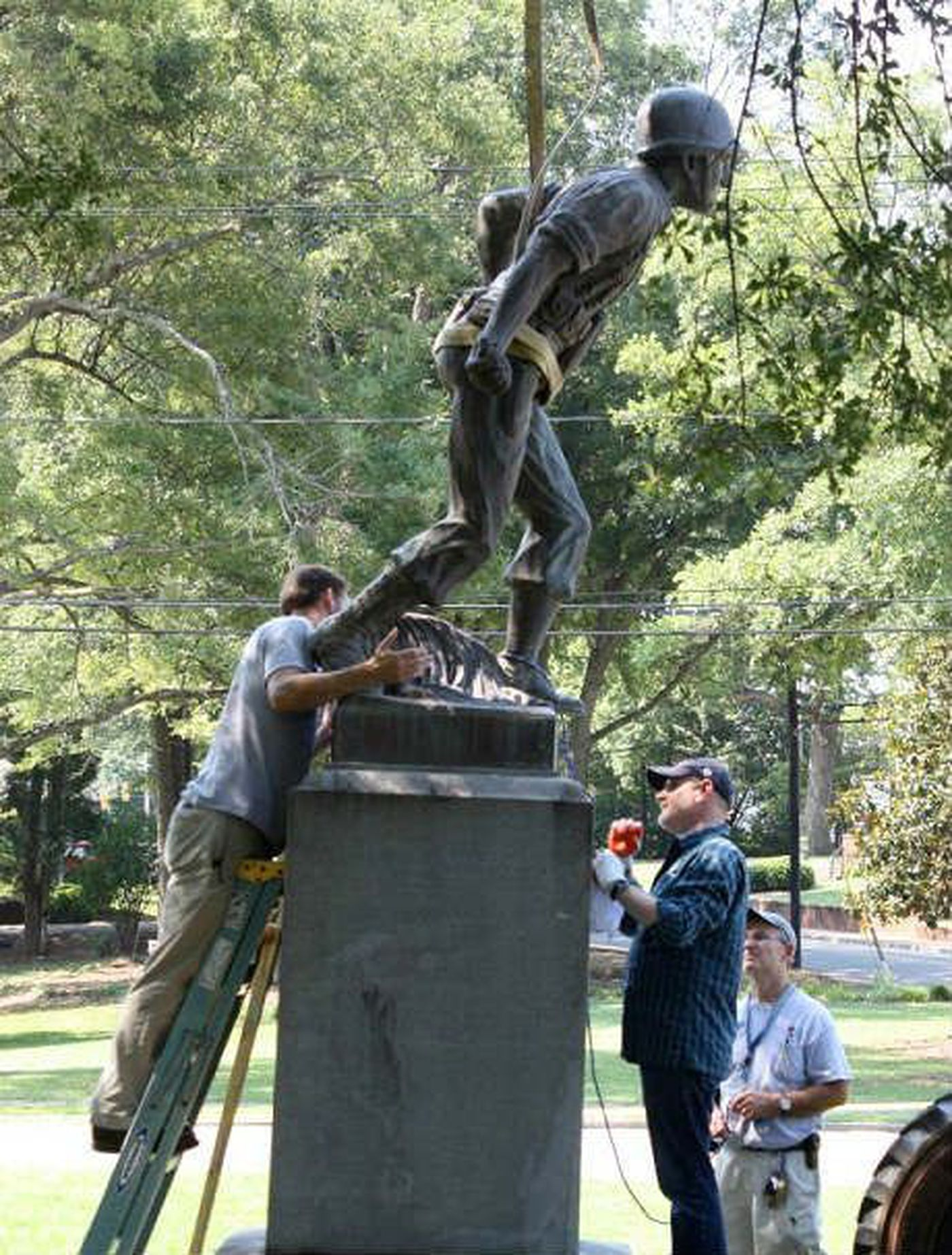 World War Ii Statue Returns To Middle School After