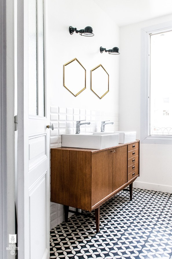 ROYAL_ROULOTTE_LEVALLOIS_RENOVATION_DECORATION_CEMENT_TILES_BATHROOM_SCANDINAVIAN_01