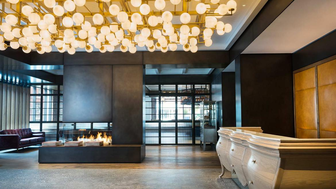 A Stylish, Modern Hotel In Milwaukee's Third Ward District