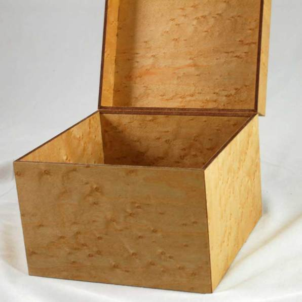 MinnMade Birdseye Maple Veneer composite box