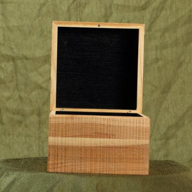 Hidden Hinge Wooden Product Package