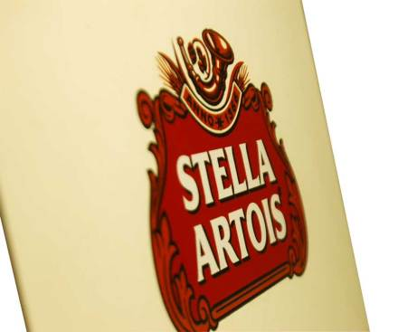 Stella Artois logo on MinnMade Box