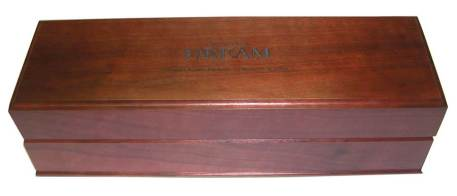Wood Box with Live the Dream, Disney Bottle Paradise Island 25th Anniversary