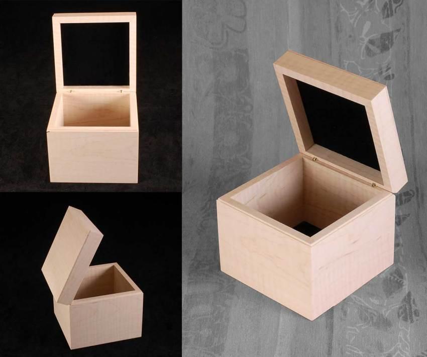 Curly Maple White Box