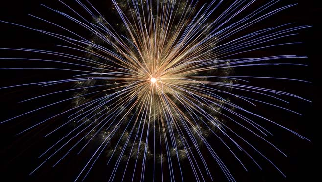 6-28 Generic Fireworks_169186