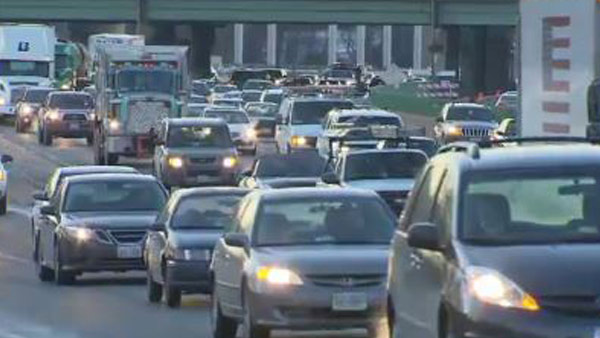 cnn-cars-headlights-traffic_250501