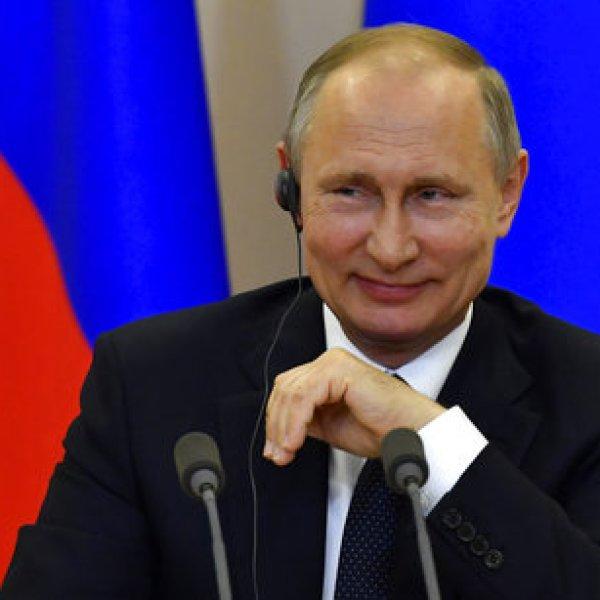 APTOPIX Russia US_244969