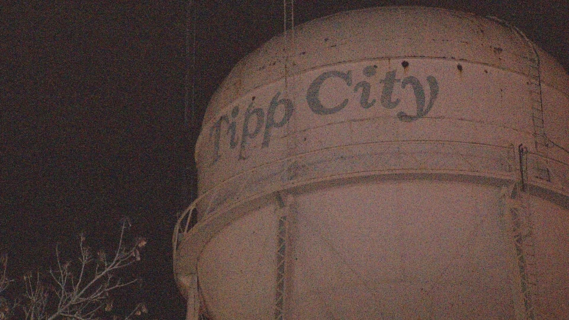 water_tower_1523873259151.jpg