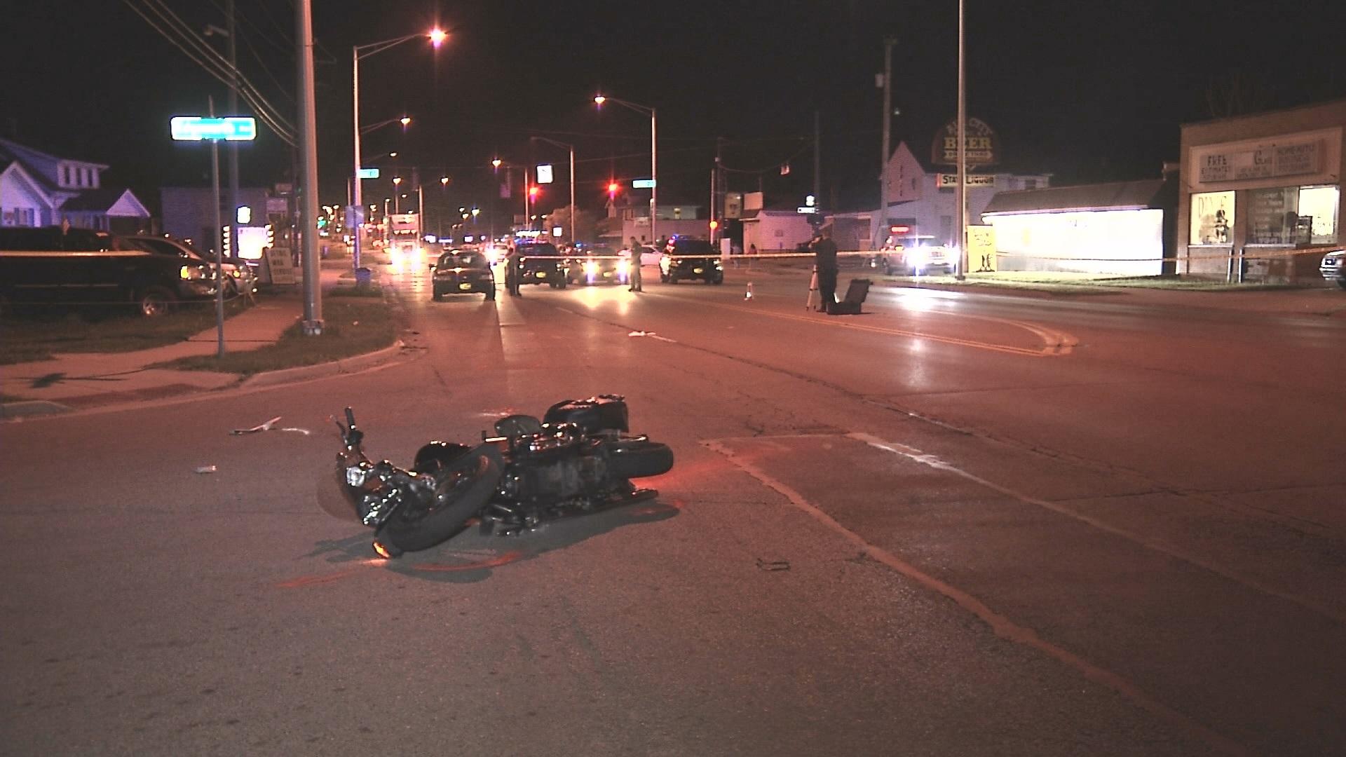 motorcycle_crash_1525255648780.jpg