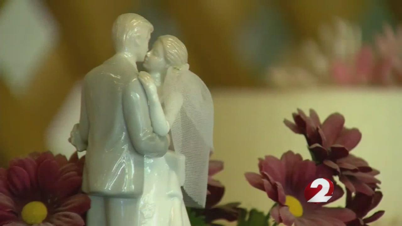 Why_you_should_consider_wedding_insuranc_0_20180626205223
