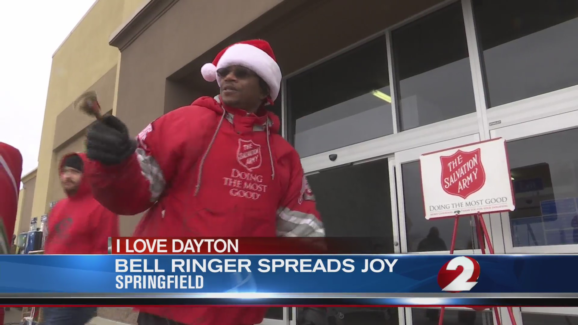 I Love Dayton: Bell ringer spreads joy