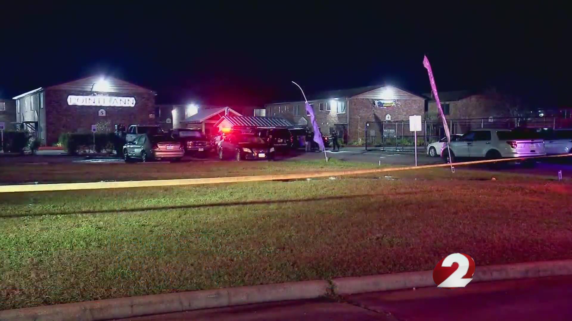3 young children found dead in Texas apartment; man in custody