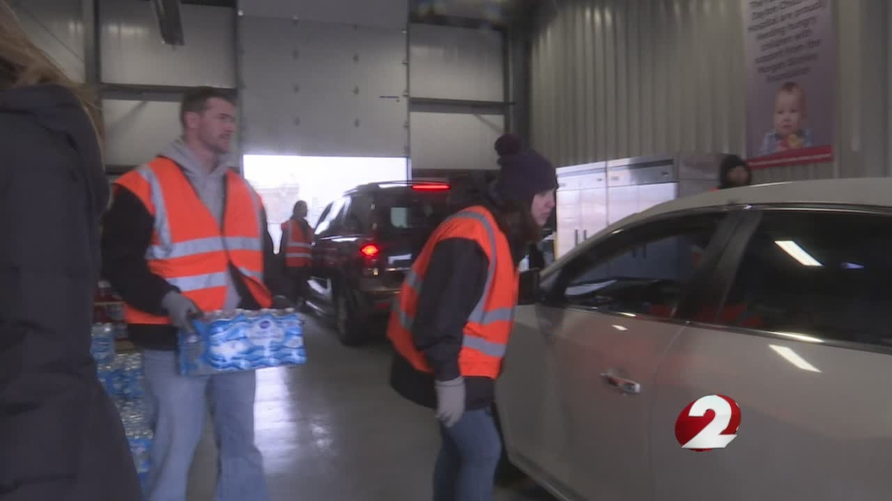Dayton Foodbank water distribution