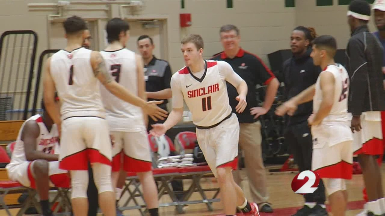 D-1 power schools trying to land Sinclair's Sean McNeil