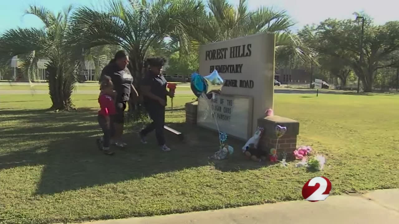 Vigil held for girl who died in elementary school fight