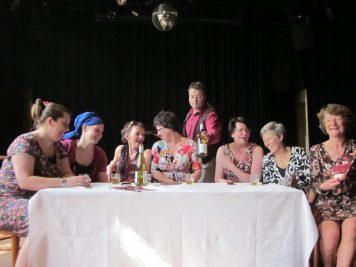 Marije van Welie, Djuna Buizer, Heleen Hendriks, Els Ausema, Marnix Rosbach, Silvia Kirpestein, Marieke Griffioen en Els Ausema
