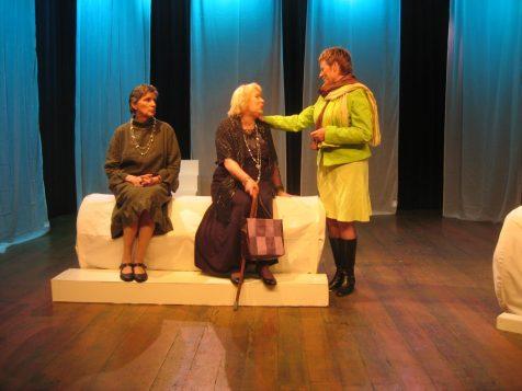 Magda Bar, Sue Leusen en Marieke Griffioen