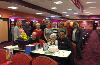 gran 100th bingo bday