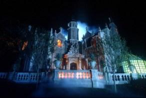 haunted mansion exterior - disney