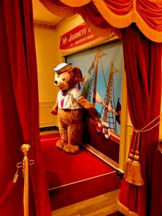Duffy the Disney Bear Meet and Greet