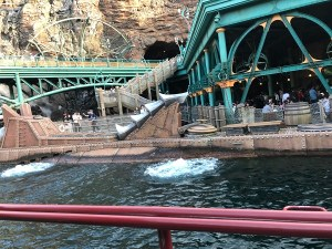 Tokyo DisneySea 20,000 Leagues Under the Sea - Daniel Morris