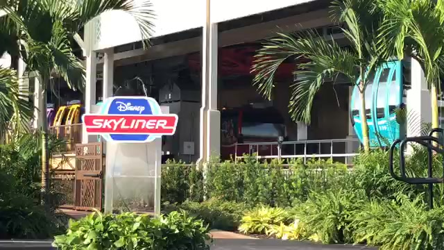LIVE video from the Skyliner dedication and my first ride – watch, chat, and join me for the full Skyliner circuit