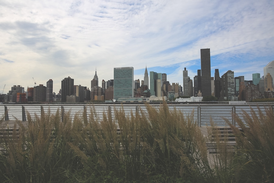 long island city queens GANTRY PLAZA STATE PARK