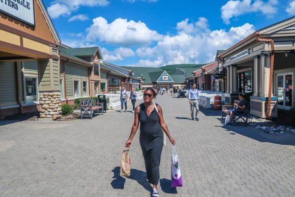 woodbury-common-outlets-pres-de-new-york