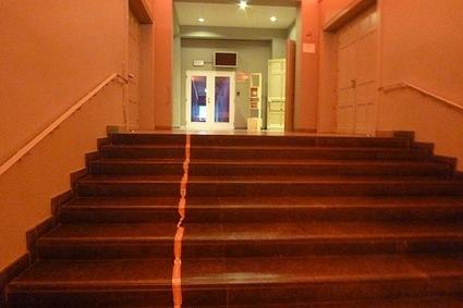 5stairs674_36e44f13d2.jpg