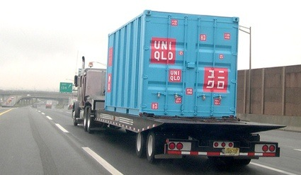 uniqlo-container-mobile-store-06.jpg