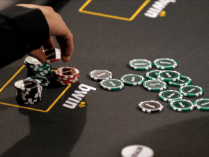 Online gambling firm 888 has clinched a deal to buy Bwin.party for $1.4 billion