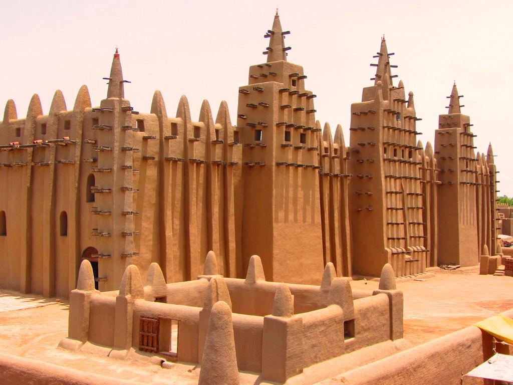 Мечеть Дженне в Мали