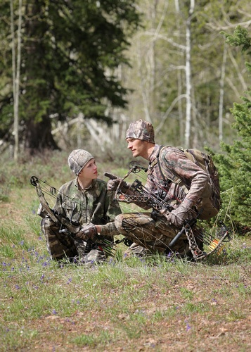 98c8fb41e723b A 2009 Field & Stream survey found that 85 percent of hunters think it's  best for their children to learn to shoot before age 11.